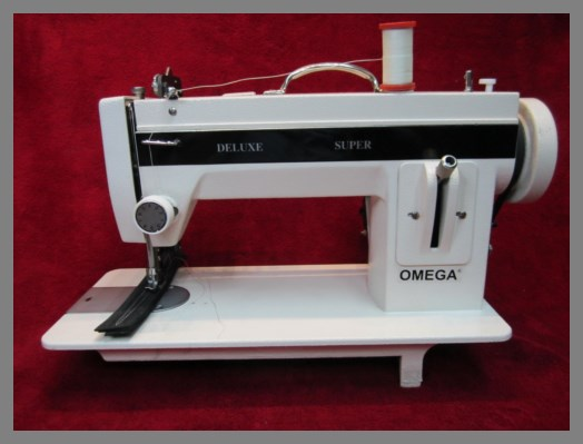 INDUSTRIAL STRENGTH Sewing Machine HEAVY DUTY UPHOLSTERY LEATHER Magnificent Omega Stitch Art Sewing Machine